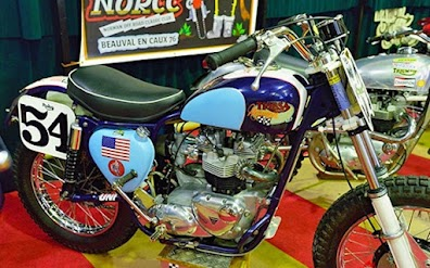 Norton Commando datant clé datant Nicole