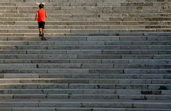 Sulla scalinata di Jorjo