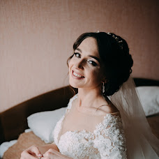 Wedding photographer Olya Khmil (khmilolya). Photo of 25.06.2019