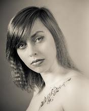 Photo: Tatoo Girl