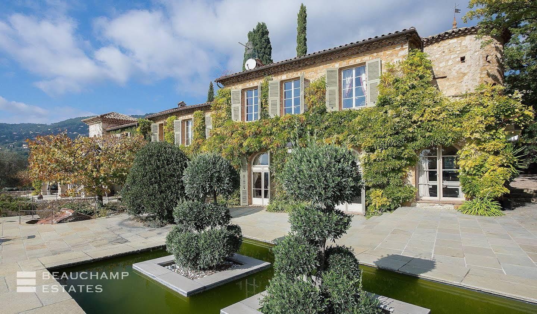 Villa avec terrasse Peymeinade