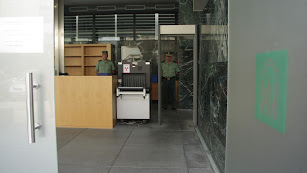 Acceso al Juzgado de guardia de Almería