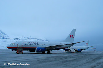 Photo: Braathens B737-700 and -500 at Svalbard Airport, Longyear (LYR/ENSB). In April, when this was taken, the winter darkness is replaced with daylight around the clock (this is 0230 at night!)