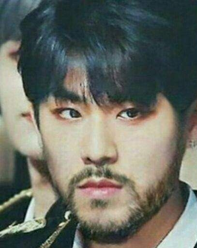 parkwoojin-facial-hair