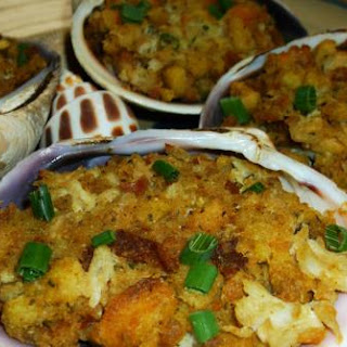 CRAB STUFFED CLAMS