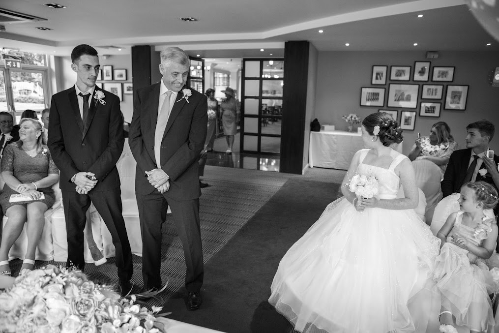 photography-wedding-holiday-in-filton