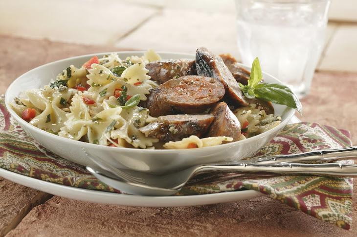 Grilled Sausage and Pesto Pasta