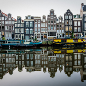 Singel in Amsterdam  by Benjamin Arthur - Buildings & Architecture Public & Historical ( holland, amsterdam, canal )