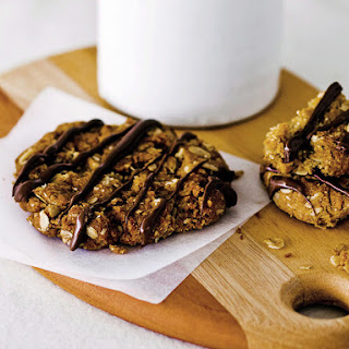 Oatmeal Cookies with Dark Chocolate Drizzle.