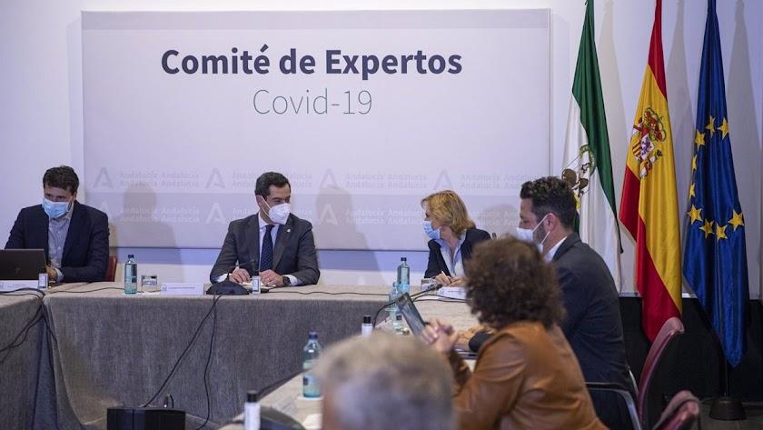 Juanma Moreno se reúne mañana con el Comité de Expertos.