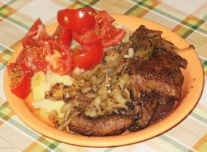 Photo: Wątróbka z cebulą, ziemniaki, pomidory (14)