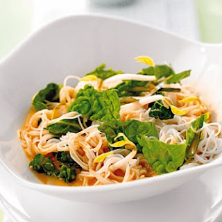 Rice Noodles With Vegetables And Coconut Sauce