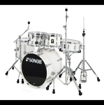 Sonor AQ1 - 20/10/12/14/14s. Finish: Piano White
