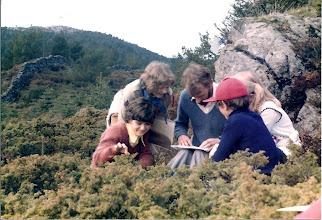 Photo: Ivar Steinsland i midten med Hege og Hans Steinsland, Tove Nygård og muligens Trine Lise Ekren delvis skjult