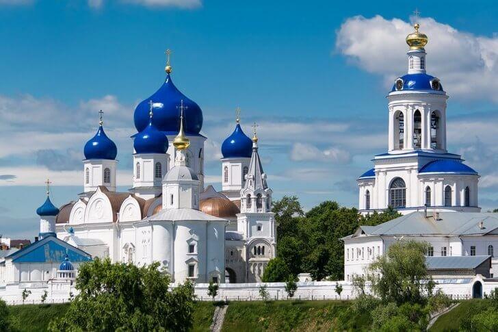 https://media.kupo.la/thumbor/unsafe/preset/orig/images/2019/7/16/1563286810-bogolyubskiy-monastyr.jpg
