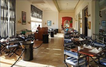 """Photo: Отель """"Шератон"""", ресторан."""