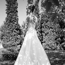Wedding photographer Maksim Mikhaylovich (Max-M). Photo of 10.08.2015