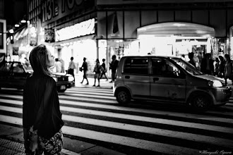 Photo: 彼女は感じていた。 She was pleasant feeling.  Tokyo Street Shooting  Location; #Shinjuku , #Tokyo , #Japan   #photo #photography #streetphotography #streettogs  #leica #leicaimages #leicammonochrom #leicamonochrom #leicamonochrome