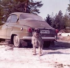 Photo: Isäni Saab 96, ensimmäinen auto, jolla ajoin autokoulun jälkeen (1974)