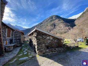 maison à Tarascon-sur-ariege (09)