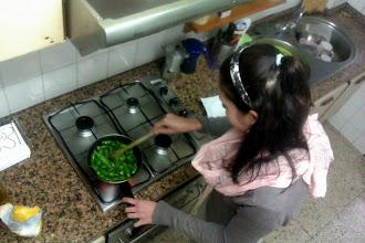 Photo: Sestricka mi kuchti papricky, z nichz bohuzel ani jedna nepalila