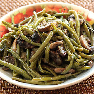 The Best Green Bean, Onion and Mushroom Dish Ever
