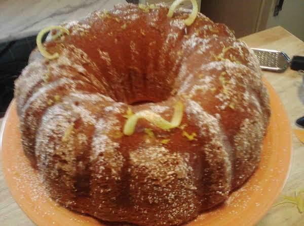 3 Ingredient Lemonade Cake