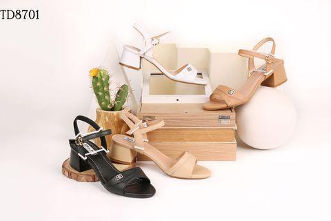 Việc tìm nguồn sỉ giày dép VNXK có dễ không?
