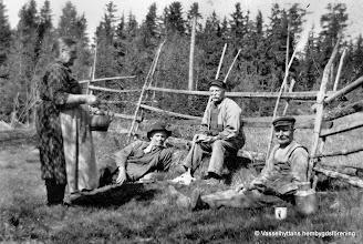 Photo: Stenkullen 1920-tal. fr v Anna Rydberg, Anders Karlsson, Lars Erik Ramstedt, Karl Rydberg