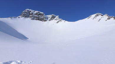 Photo: Tuolpagorni's bowl.Powder is ready to be destroyed.