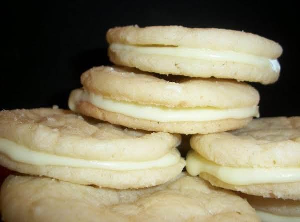Lemon Cream Filled Sandwich Cookies Recipe