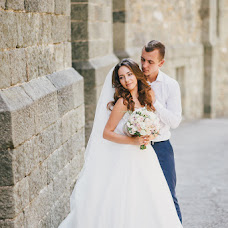 Wedding photographer Polina Lebed (Polinaloves). Photo of 16.08.2016