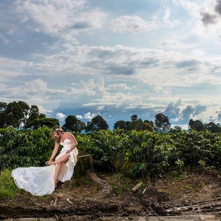 Wedding photographer Julian Barreto (julianbarreto). Photo of 06.01.2018