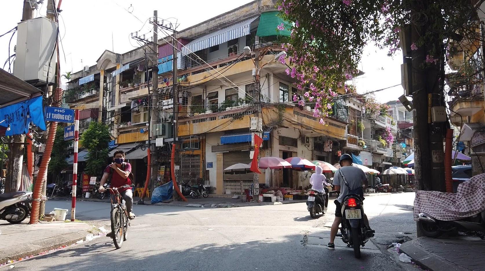 Chụp ảnh phố Lý Thường Kiệt sông Tam Bạc ở Hải Phòng 7