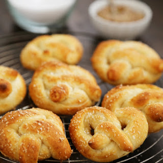 Easy Mini Soft Pretzels + Cheese Sauce