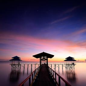 The Pier by Robertho Ponomban - Landscapes Waterscapes ( kenjeran, per, harbour, sunrise, waterscapes, landscapes )