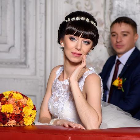Wedding photographer Marina Savina (marinalsa). Photo of 21.11.2016