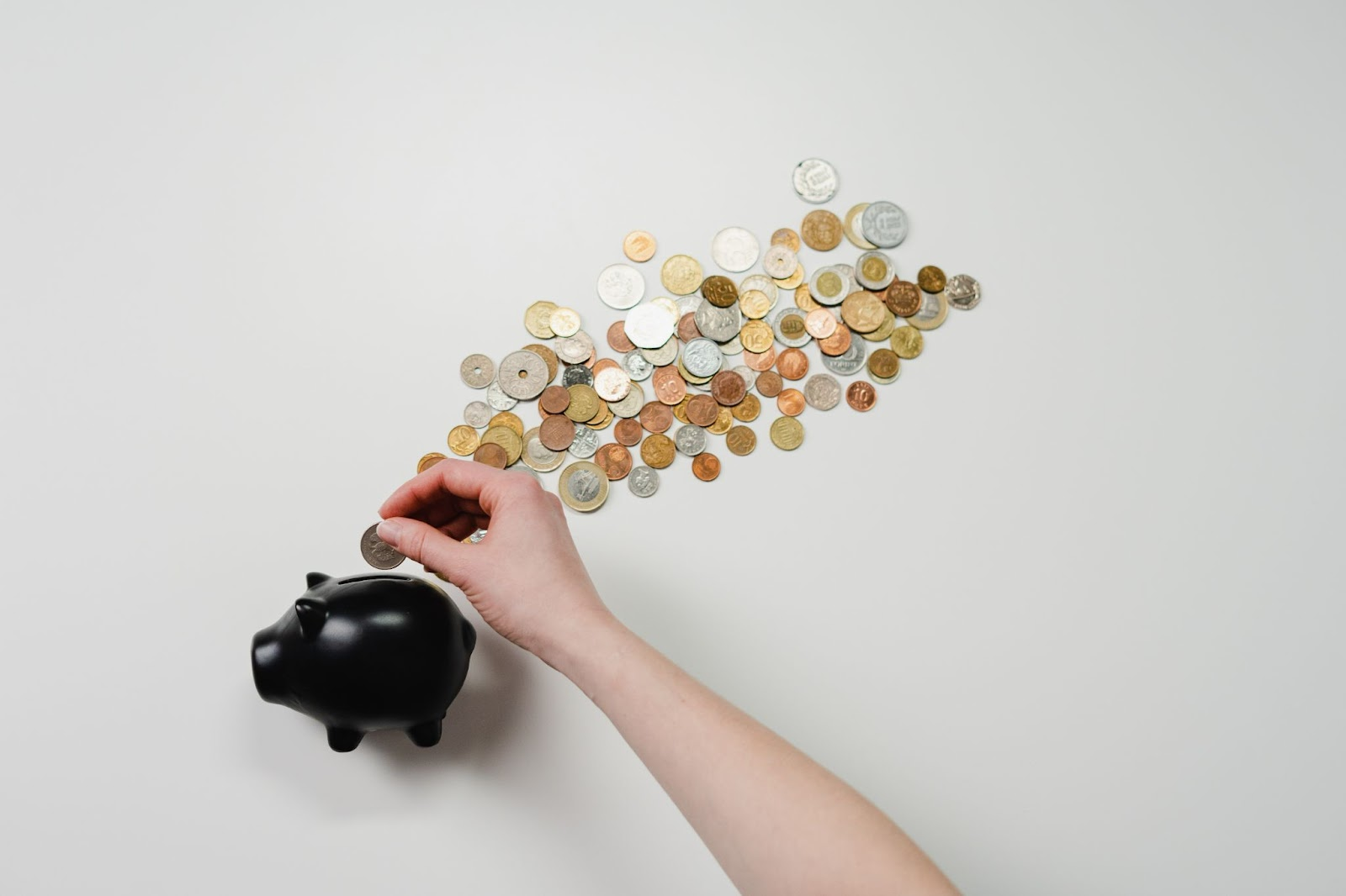 Support star employee by giving them performance pay