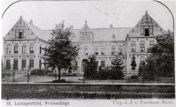 Photo: Het St. Luciagesticht aan de Liesboslaan, gebouwd in 1889 en verwoest op 30 oktober 1944 bij een brand