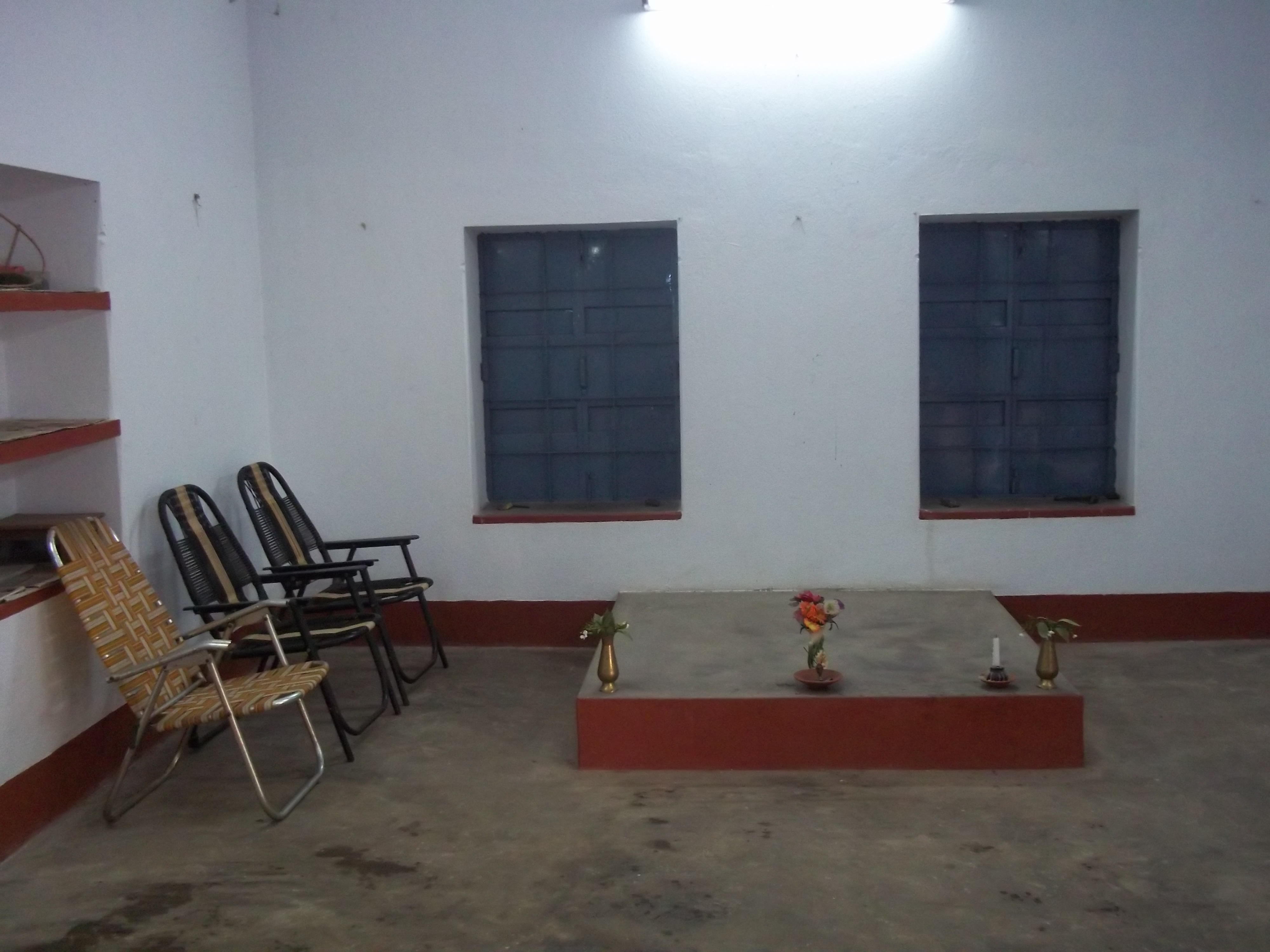 Photo: The interior of  the Baripada Brahmo Mandir.