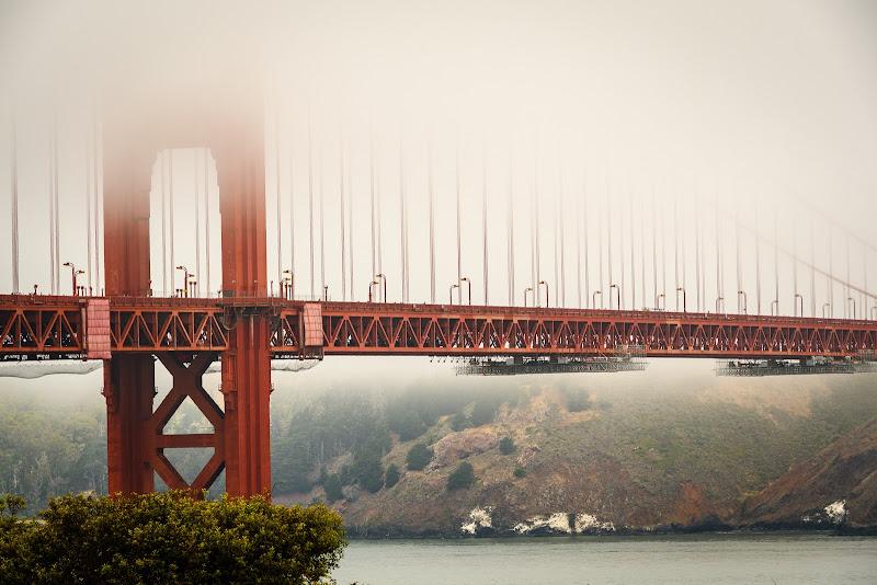 Nebbia sul Golden Gate di Cosimo Ignesti