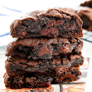 Copycat Levain Bakery Dark Chocolate Chocolate Chip Cookies.