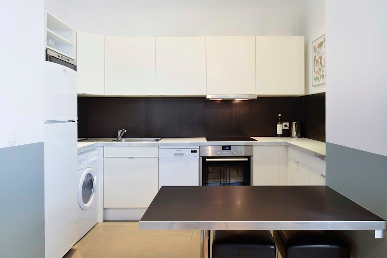 Kitchen at Rue de Montorgueil Serviced Apartment, Opera