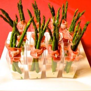 Asparagus Wrapped In Prosciutto Shooters.