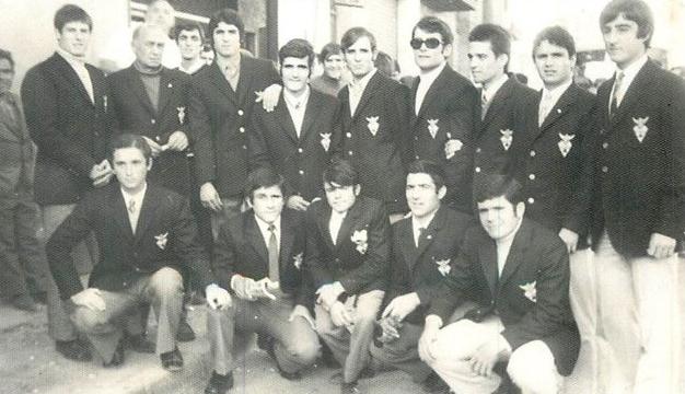 Liga 1970-1971. Maxi, Errazquín, Morilla, Escamilla, Chimico, Félix, Rebolloso, Pepito, Molina, Zapata II, Bartolo, Antoñillo, Goros y Penno.