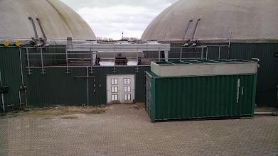 Photo: Universele droger in container Coevorden. Voor het drogen van openhaardhout