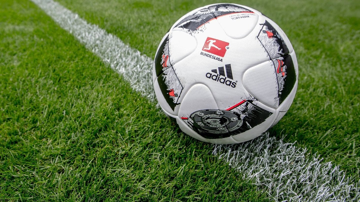 Watch Bundesliga Best of October live