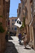 Photo: uličky Bonifácia, bez korzickej vlajočky by to nešlo