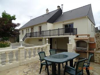 maison à Saint-Pierre-la-Cour (53)