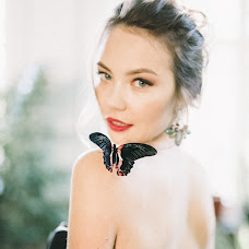 Wedding photographer Olya Kobruseva (LeelooTheFirst). Photo of 09.10.2017